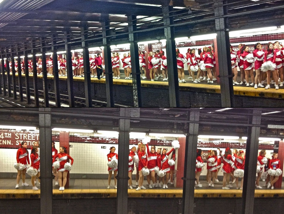 Doscientas cheerleaders en el metro