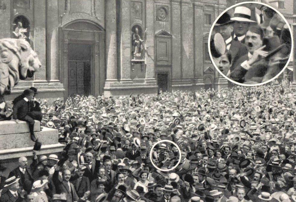 Manifestación patriótica en Munich (1914)