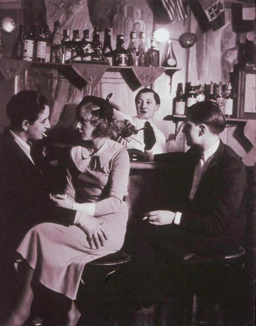 Club de lesbianas en el París de los años 30