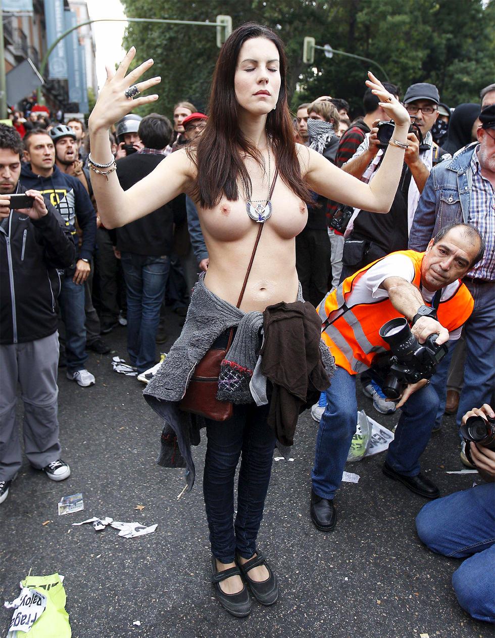 La sensual manifestante del #25s