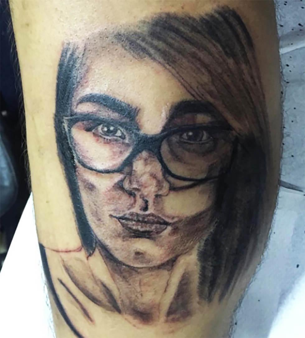 Cómo mola mi nuevo tatuaje de Mia Khalifa