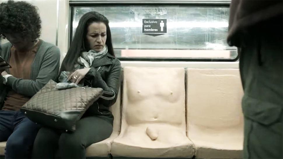Un pene en el metro de Ciudad de México