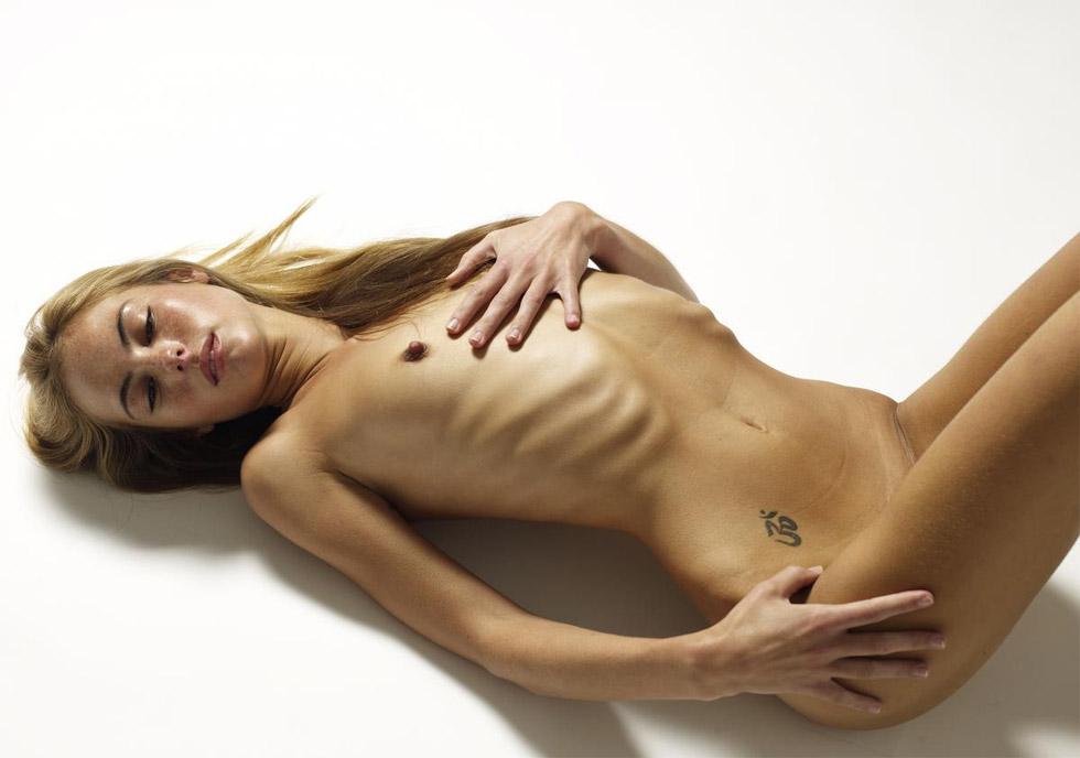 La modelo más controvertida de Petter Hegre