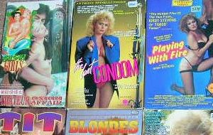Aquellas maravillosas carátulas porno VHS (y 2)