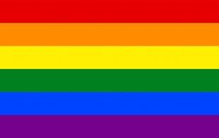 Muere Gilbert Baker, creador de la bandera LGBT