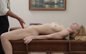 Bethanie Skye debuta en el porno hetero