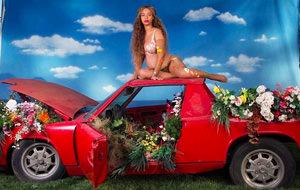 Beyonce desnuda y desencadenada