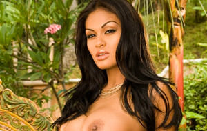 Carmen Reyes desnuda