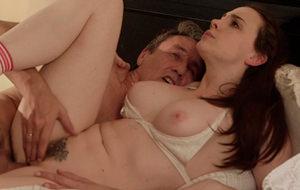 El porno tierno con veteranos: Chanel Preston y Steve Holmes