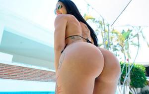Elisa Sanches desembarca en el porno americano