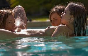 Siempre es fiesta en la piscina de Malena Morgan
