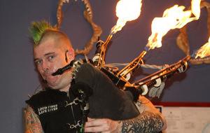Poquita broma con el gaitero punkrockero