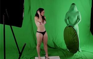 Una broma de modelos, erecciones y reacciones