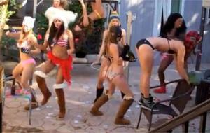 El Harlem Shake mejora con chicas guapas