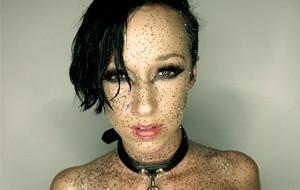 Juliland retrata a la nueva Jada Stevens