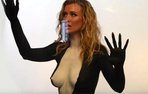 Joanna Krupa para la PETA: la orca más sexy