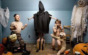 Juegos de niños (por Jonathan Hobin)