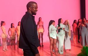 Así fueron los Pornhub Awards dirigidos por Kanye West