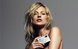 Kate Moss promocionando Nikon