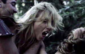Kayden Kross dans un clip qui déchire