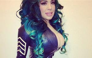Kelly Lee Dekay, la Kim Kardashian low cost