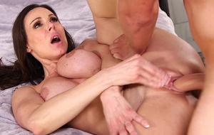 Otra clase con Kendra Lust
