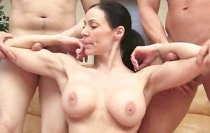 El antiguo 'fuertecismo' de Kendra Lust