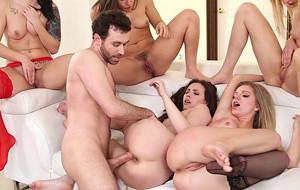 James Deen se reconcilia con el porno