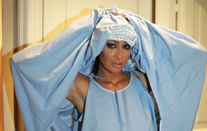 Del burka al tanga: Laura Perego