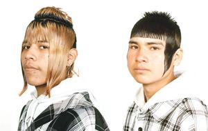 El loco estilismo de los cholombianos