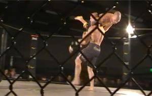 Lucha MMA: el brutal adiós de una rodilla