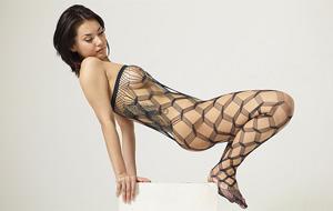 Maria Ozawa se viste de American Apparel