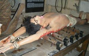 Visitando el Museo de la tortura de Mdina, en Malta