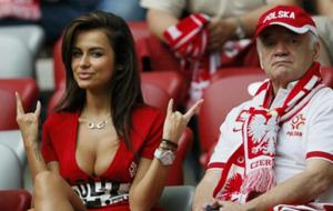 Natalia Siwiec, la tía más buena de la Eurocopa