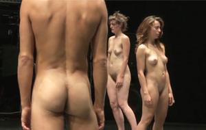 Más que desnudos, de Doris Uhlich