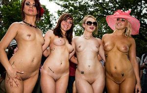 Nudes-A-Poppin, el festival de las strippers