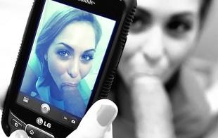 Llega el palo selfie vibrador