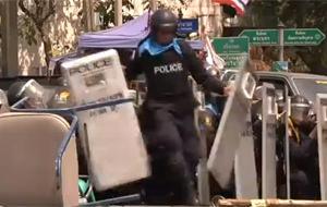 Atacan con granadas a la policía tailandesa