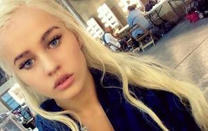 Rosie Mac, el cuerpazo de Daenerys Targaryen