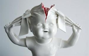 La porcelaine gore de Maria Rubinke