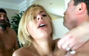 El porno frenético de Laine Oi y el puto amo