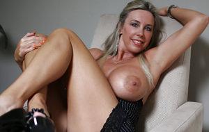 Wifey se desmelena por fin a los 52 años