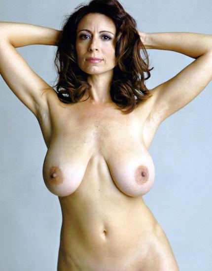 Nudist single mom chat